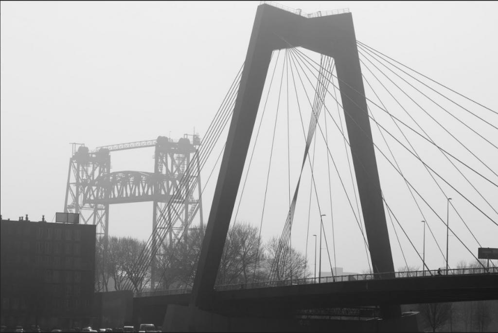 Willemsbrug door Menno Leutscher